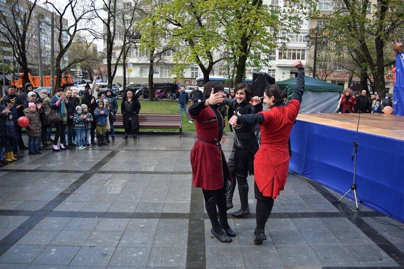 Постановка Армянских Танцев